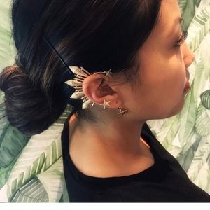 Jewelry - Miss Universe Philippines Catriona Gray Ear Cuff